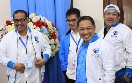 Partai Gelombang Rakyat (Gelora) Indonesia disebut memutuskan mendukung pasangan Gibran Rakabuming Raka di Pilkada Kota Solo dan Bobby Nasution di Pilkada Kota Medan.