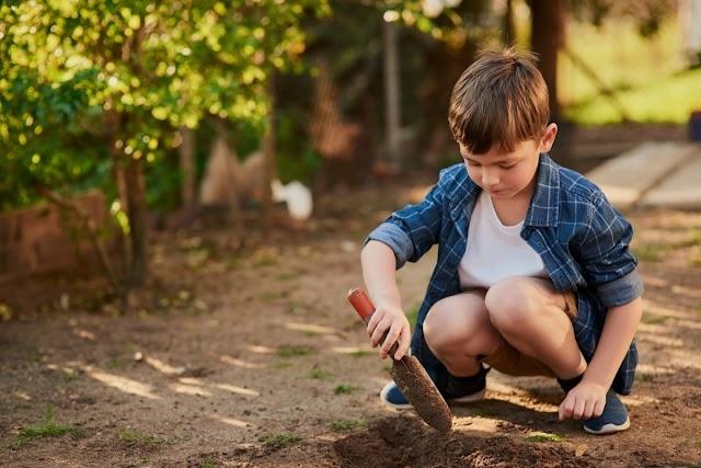 Το παιχνίδι σε φυσικό περιβάλλον ενισχύει το ανοσοποιητικό σύστημα ενός παιδιού μέσα σε ένα μήνα