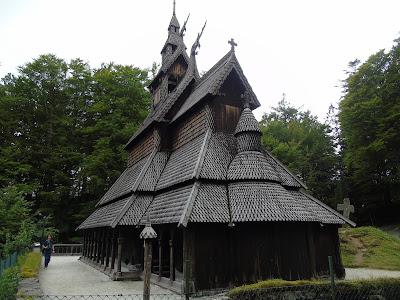 bergen fantoft iglesia stavkirke iglesia de madera