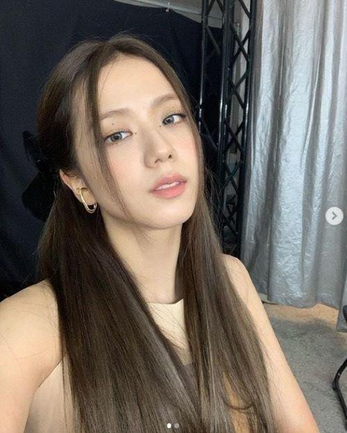 최근 여자 아이돌들 사이에서 유행하고 있는 머리...jpg | 인스티즈