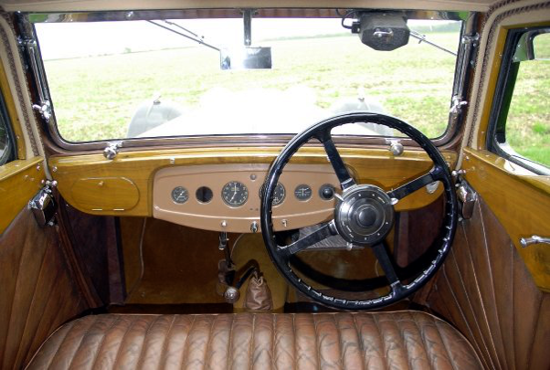 S.S. 1 car (Jaguar 1932) - interior