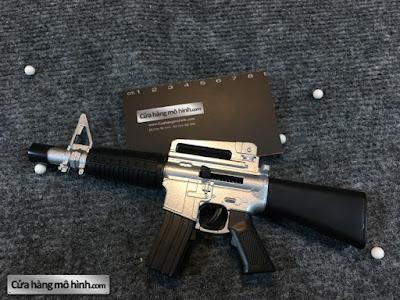 Mô hình súng M16 1/6 bắn được 1