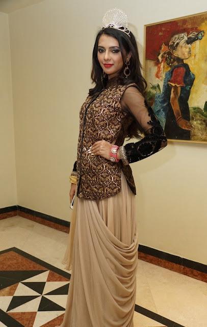 Ruhi Singh Cute Images