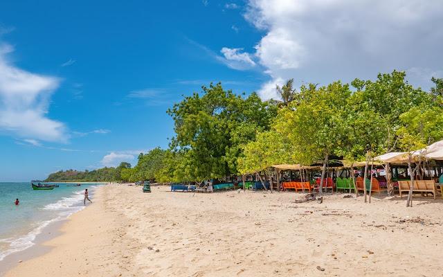 Beach, tour travel information