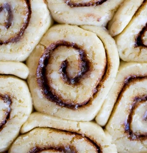 THE BEST GLUTEN FREE CINNAMON ROLLS #cinnamon #desserts #cakes #pumpkin #rolls