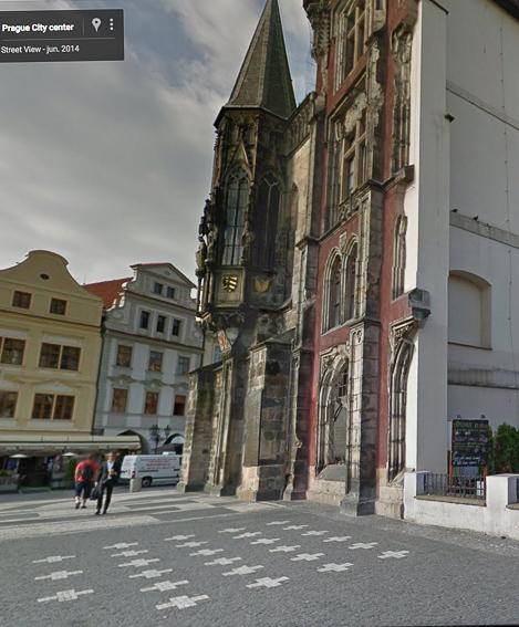 Cruces blancas Reloj astronomico de Praga
