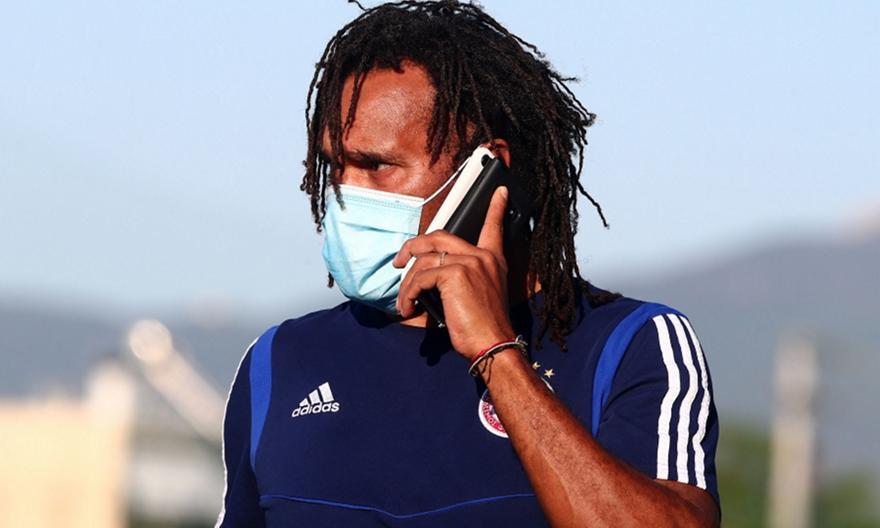 Καρεμπέ: «Για αυτό δεν έπαιξε καλά η ΑΕΚ στον τελικό»