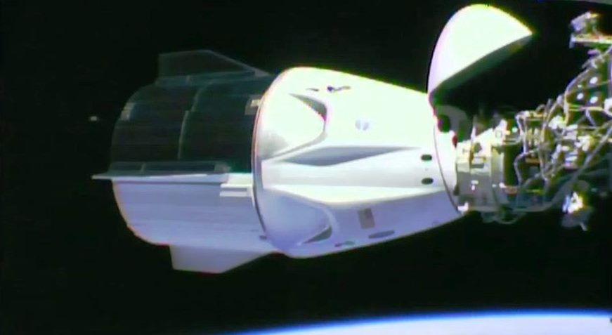 Space X Dragon Crew module docking