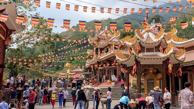 Discover the culture ethnic festivals in Vietnam in February 2