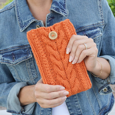 https://www.etsy.com/listing/150811312/kindle-fire-cover-knit-sleeve-kindle?ref=related-5