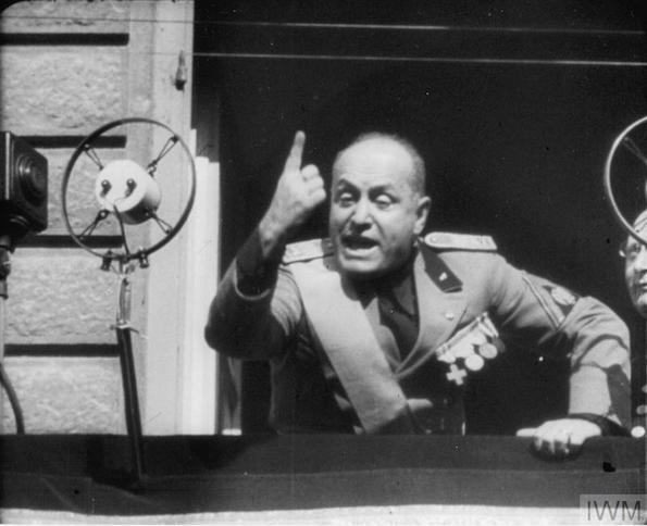 Mussolini comes to Washington