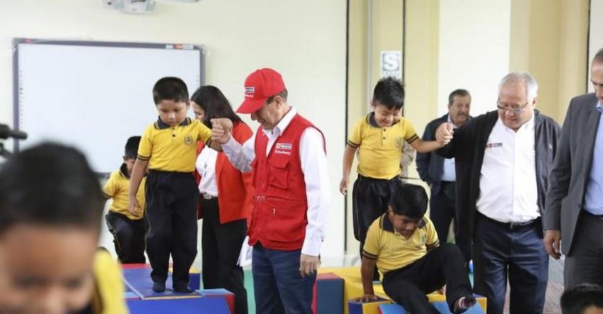 La educación es la clave para el desarrollo de una sociedad, destaca presidente Martín Vizcarra