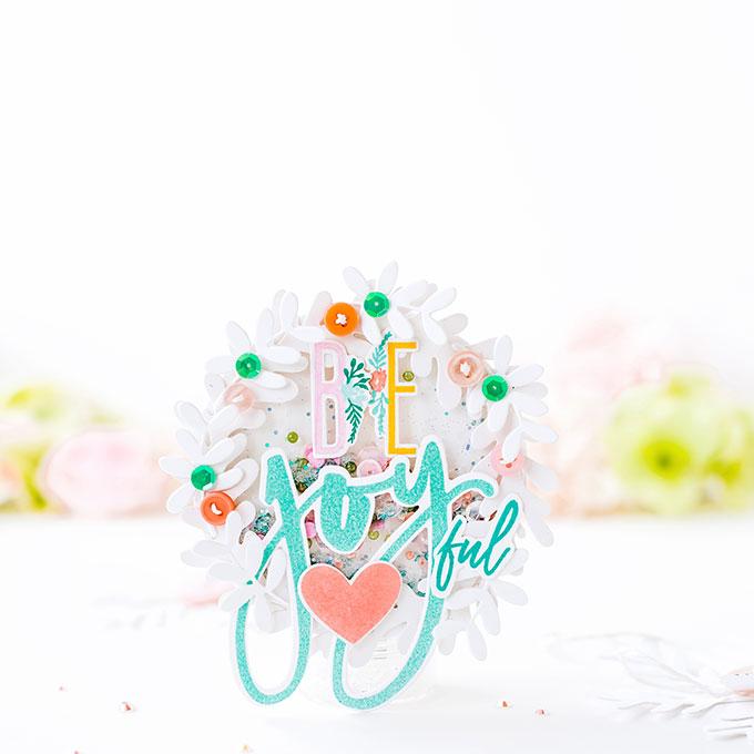 Be Joyful! - Colorful Wreath Holiday Shakers