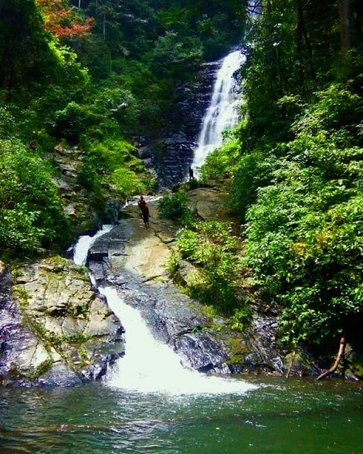 didingga-waterfall-gorontalo