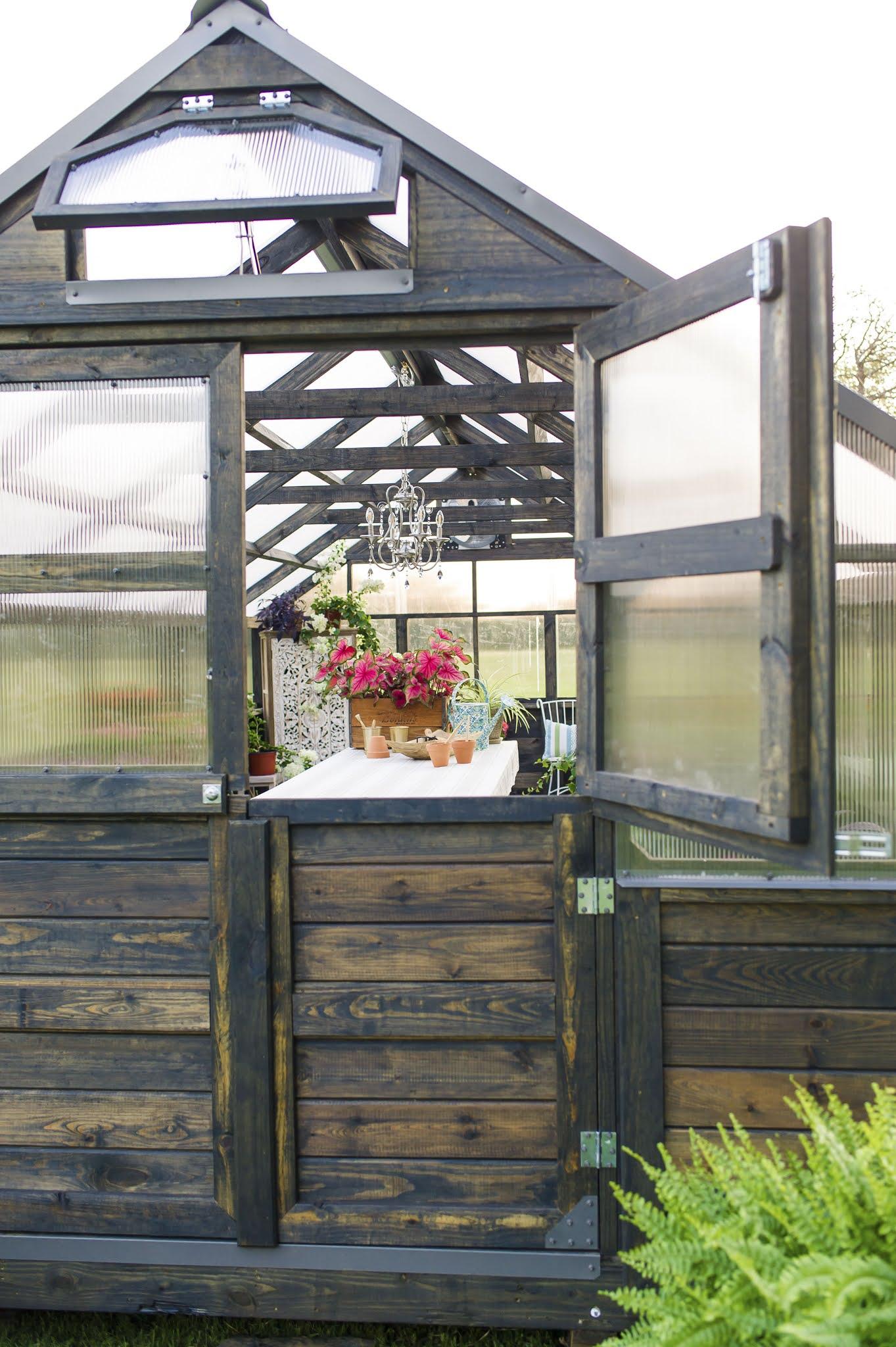 Fully Assembled Yoderbilt Greenhouse Dutch Door
