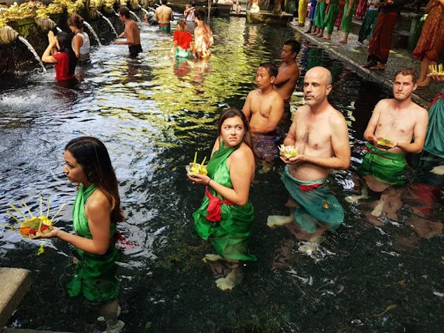 Tempio della purificazione di Tirta Empul-Bali