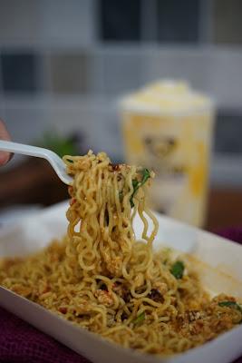 Mie Goreng  Tron Cyber, Cafe dan Eatery