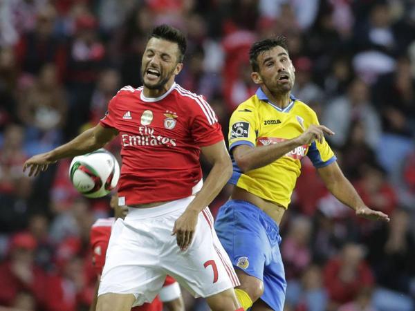 Benfica en danger se déplace sans aucun de ses attaquants