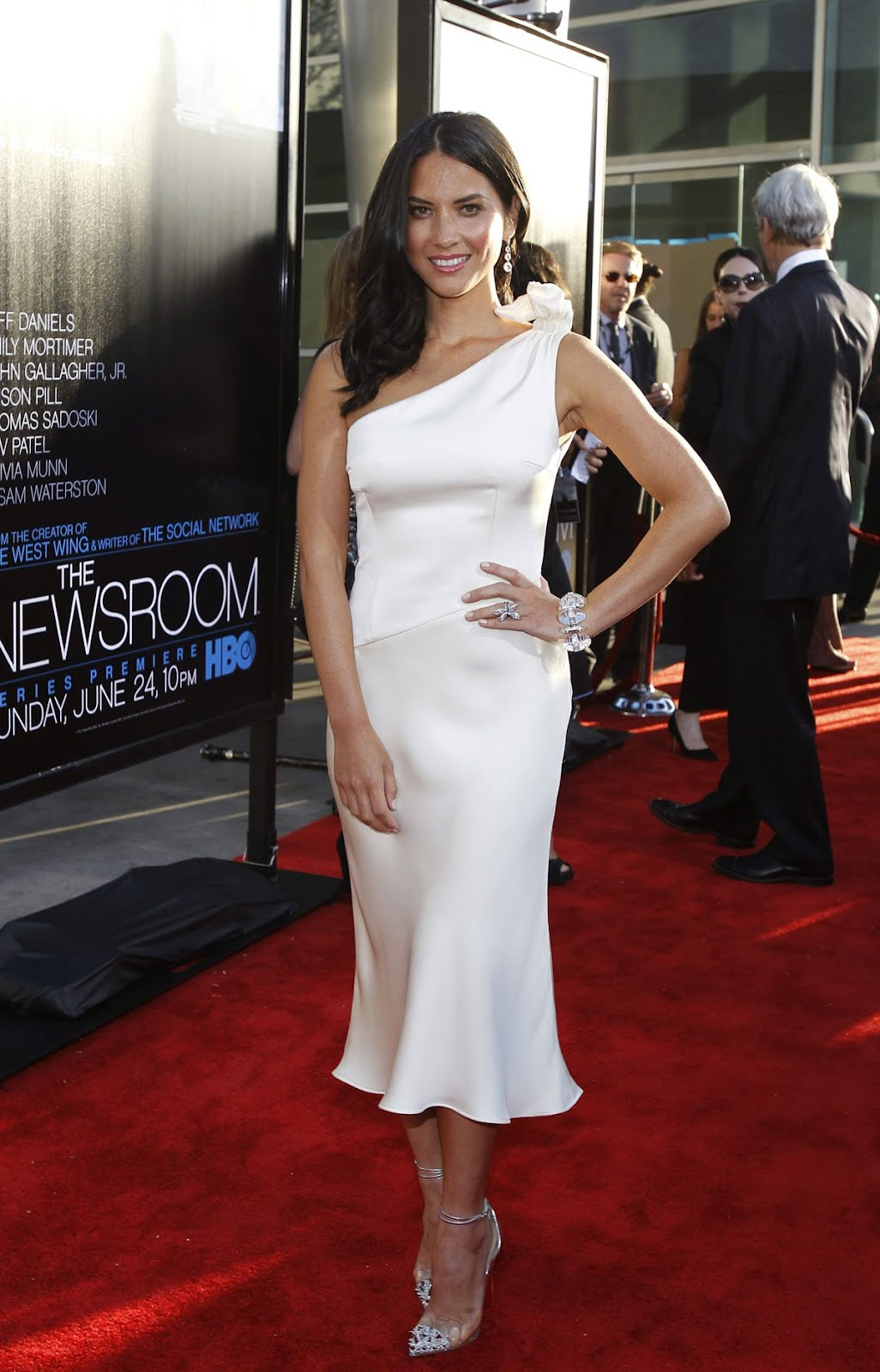 Celebrities Spy Olivia Munn Hot At Hbo S The Newsroom