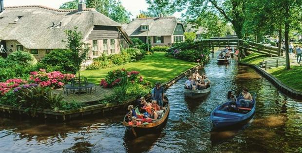 Keadaan Penduduk Belanda