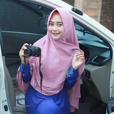 memaki jilbab agar terlihat tirus