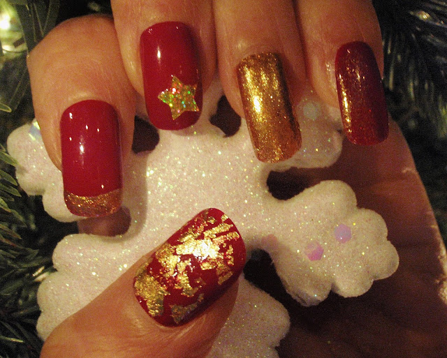 red and gold christmas nail designs