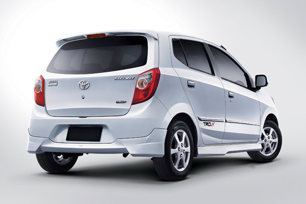 Herwono Banyu Alas Mobil Murah Toyota Agya dan Daihatsu