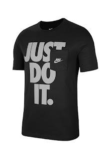 Nike - Мъжки Тениска с овално деколте и лого