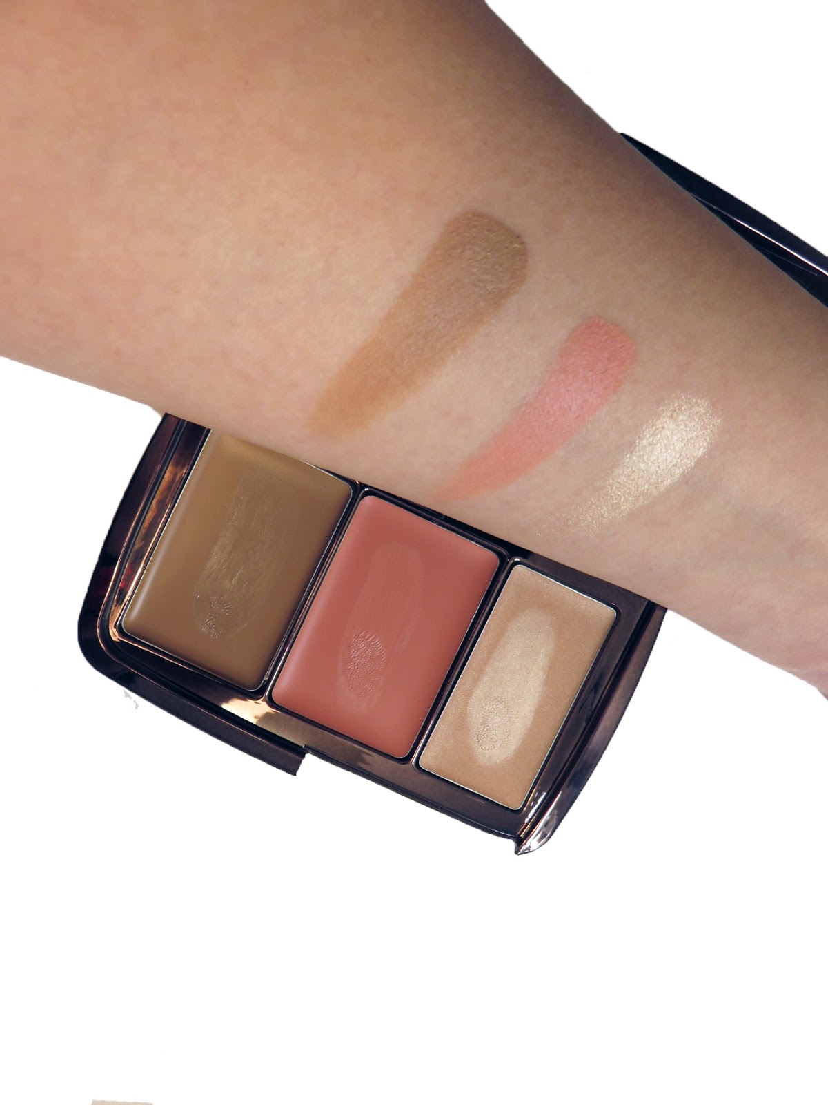 Illume Sheer Color Trio by Hourglass #21