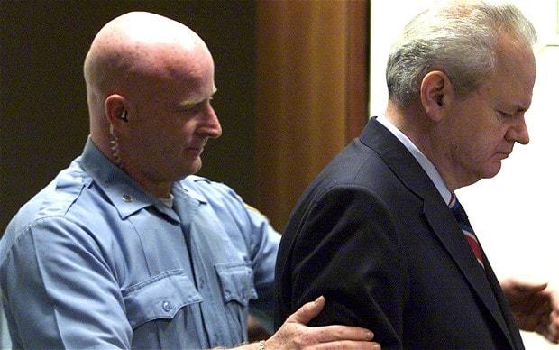 Milosevic blir falld for folkmord