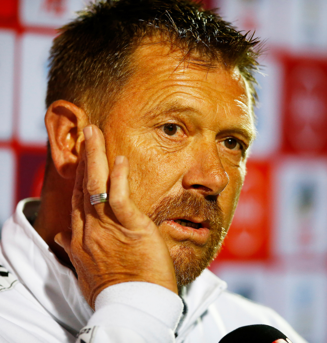 Eric Tinkler: I feel sorry for my players