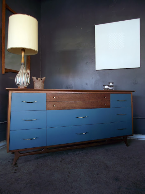 Vintage Ground Mid Century 10 Drawer Chest Of Drawers Buffet
