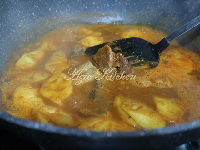 Gulai Kari Ikan Kering Tumis Darat