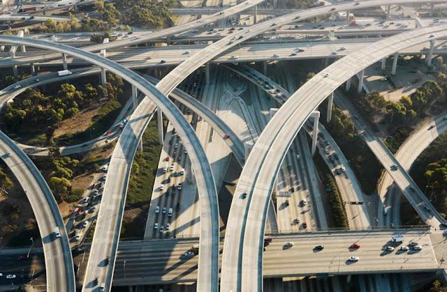 pembangunan infrastruktur yang dapat mengatasi kemacetan