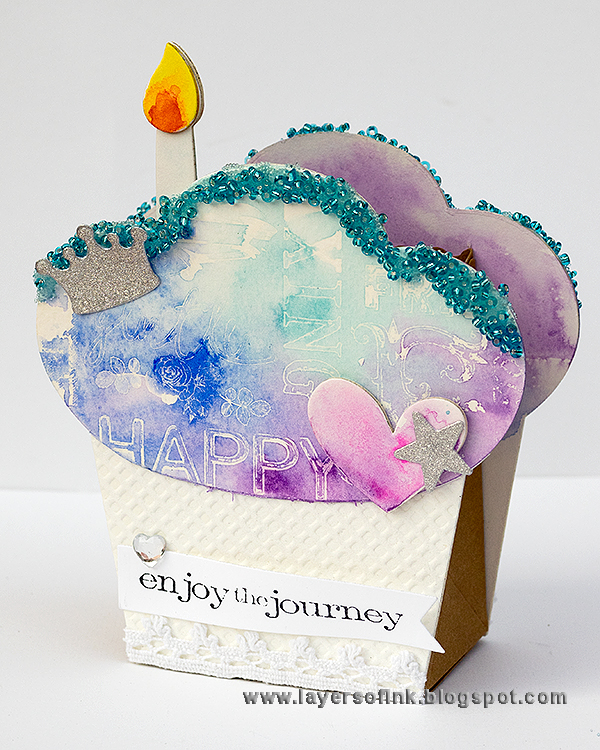 Layers of ink - Sweet Cupcake Sizzix Gift Bag Tutorial by Anna-Karin