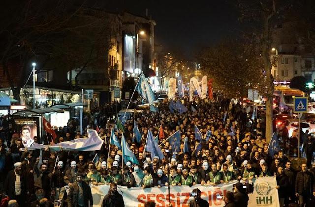 Ribuan Warga Turki Turun ke Jalan Suarakan Solidaritas untuk Uighur