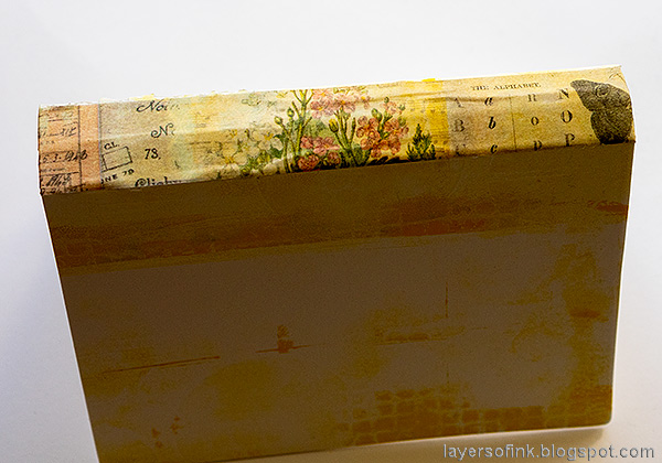 Layers of ink - Junk Journal Tutorial by Anna-Karin Evaldsson. Add design tape to the spine.