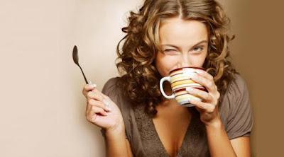 Sebaiknya Jangan Minum Teh atau Kopi Saat Makan, Yamada Kopi