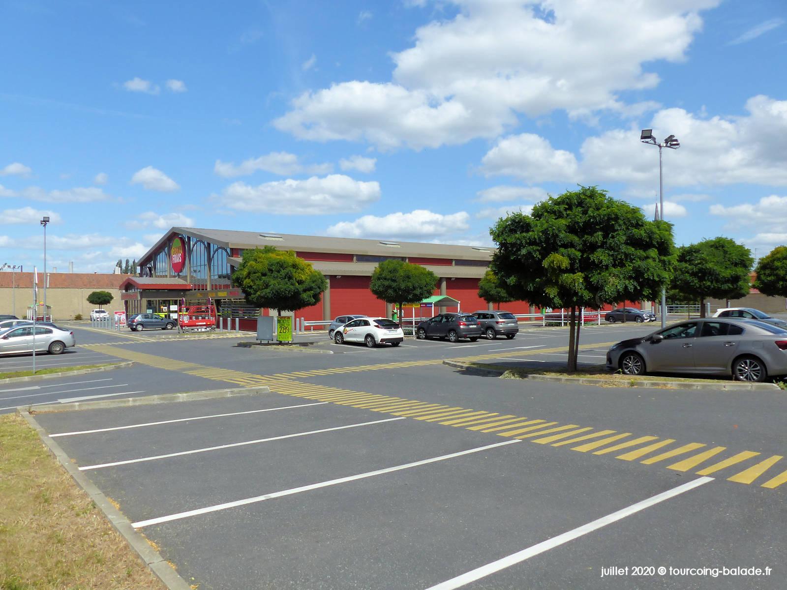 Parking Grand Frais Tourcoing, 2020