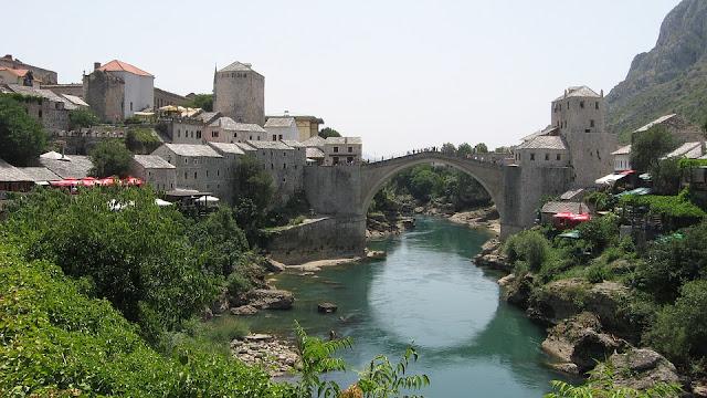 mostar şehrinin panoromik fotoğrafı