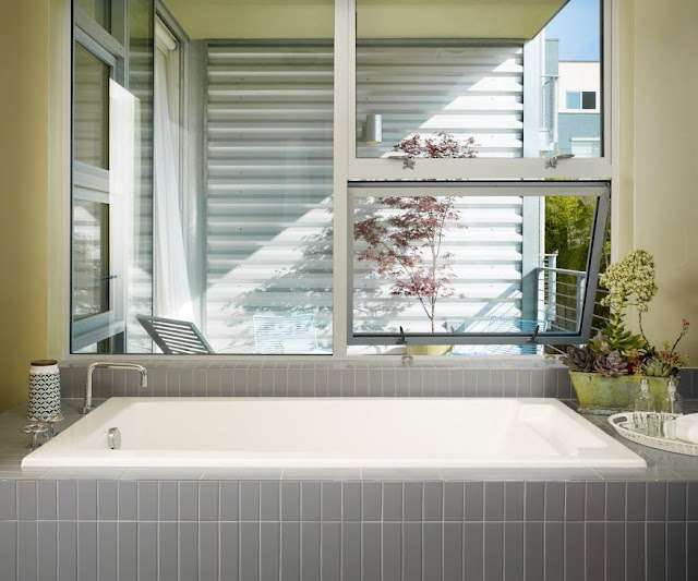 Small Bathroom Interior Design America