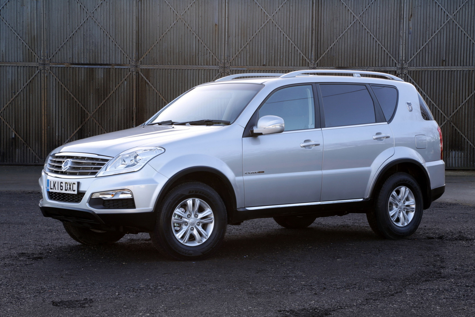 ssangyong drops new 2 2l diesel into korando and rexton lcvs. Black Bedroom Furniture Sets. Home Design Ideas