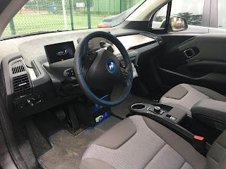 elektryczne bmw i3 kokpit kierownica