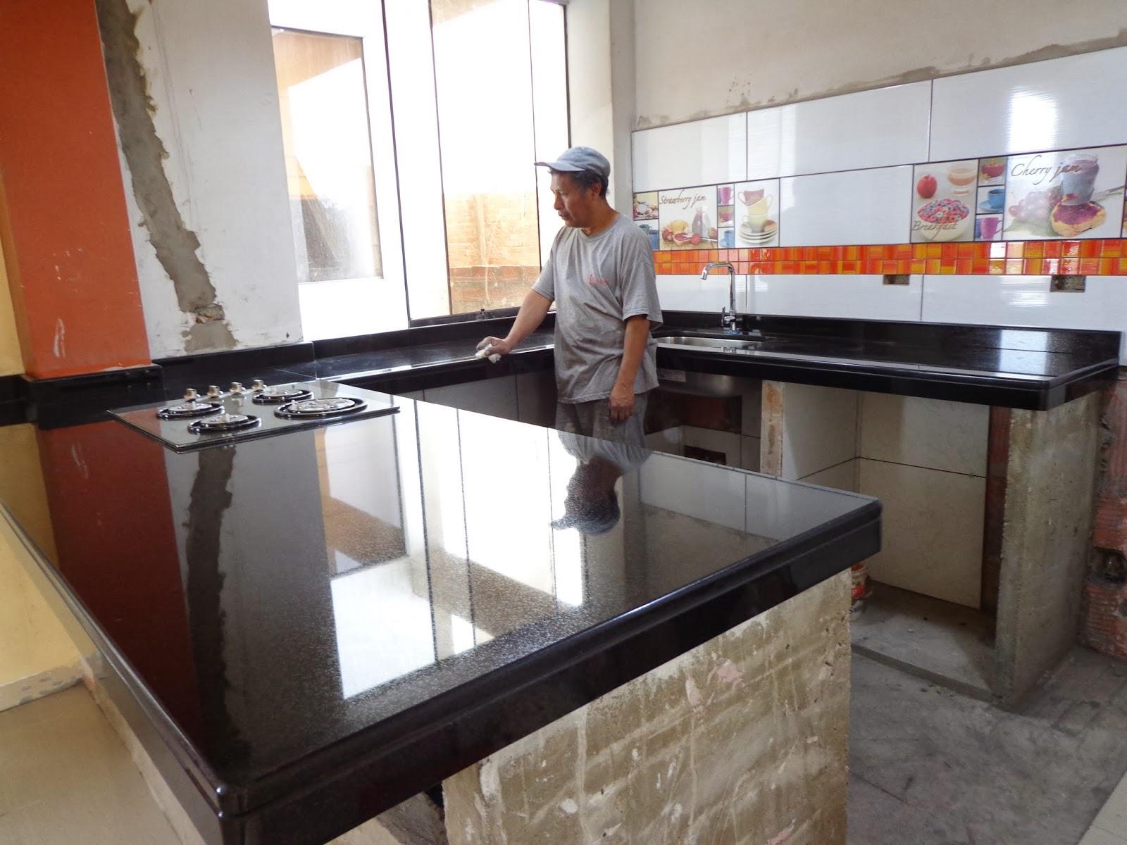 Encimeras mesas tableros cocina granito cuarzo marmol - Ceramica para cocinas ...