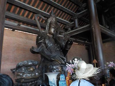 バイディン寺(Bai Dinh Pagoda)の仏像