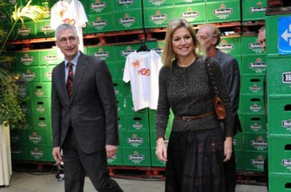 Crown Princess Maxima attended the presentation of action plan Learning Jobs works at the Heineken factory