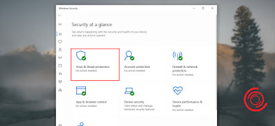 Silakan kalian buka aplikasi Windows Defender lalu pilih menu Virus & threat protection