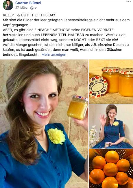 gudrun_bluemel_cooking_fairy_vintage_kleid_petrolfarbig_haelt_glaeschen_mit_selbstgemachter_orangenmarmelade_in_der_hand