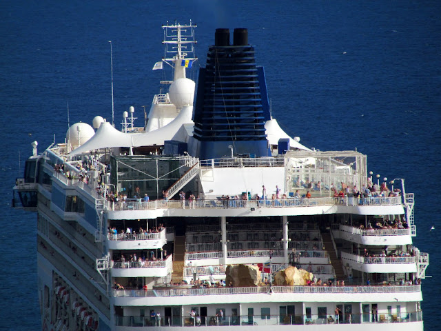 the Madeira flag in Norwegian Spirit cruise ship
