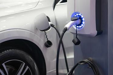 نظرة علي السيارات الكهربائية